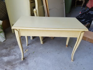 Antique Colonial Piano Bench