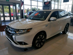 2018 MITSUBISHI OUTLANDER PHEV **PRICED FOR QUICK SALE **