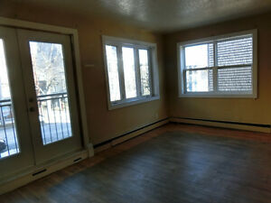 1 bdrm apartment in South End available for Sept. 1st!