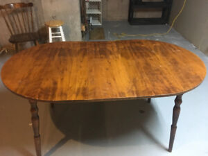 "Kitchen table, 59"" long 36"" wide with an 11"" removable center"