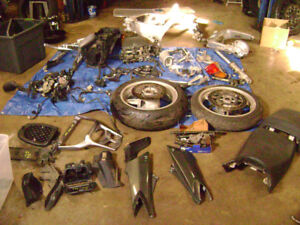 Parting Out 2004 Yamaha FJR1300 04 Parts For Sale Wheel Rotors