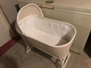 Crib side bed, basinet