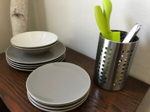 Dishes, cutlery, chef knife, cheese knife & counter container