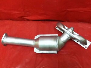 BMW 325i catalytic converter 2.5L