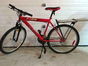 Mens CCM XVolt mountain bicycle 18 speed, shimano