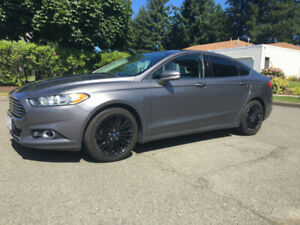 2013 Ford Fusion AWD low miles one owner nav