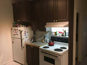 Place des arts metro, sublet or lease transfer