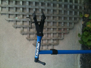 Almost new bike repair stand