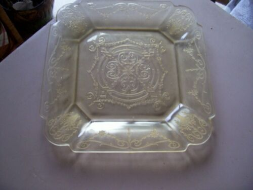 "Lorain Basket 10 1/4"" yellow dinner plate"