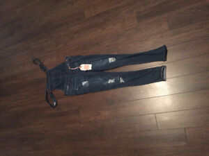 NEW DISTRESSED SKINNY JEANS OVERALLS SMALL