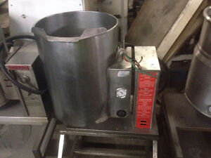 SOUTHBEND TABLE TILTING STEAM KETTLE
