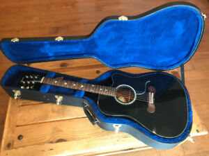 Gibson Songwriter Special Acoustic/Electric Guitar 2008
