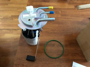 BRAND NEW Fuel pump for Avalanche/Suburban/Yukon XL