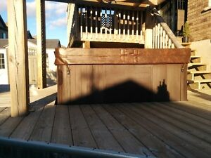 2012 Viking Royale hot tub with brand new cover Kitchener / Waterloo Kitchener Area image 4