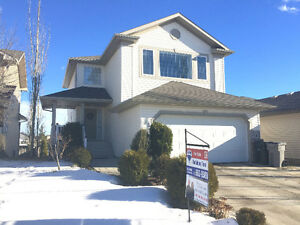 4 Bed 2-Storey with Walkout Bsmnt Backing Park in Stony Plain