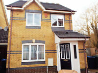 Double bedroom to rent in fully furnished house - all bills included