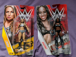 WWE Female Wrestling Figures (new)