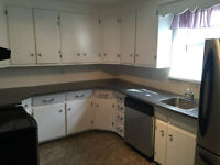 AFFORDABLE EAST HILL - UTILITIES INCLUDED!!