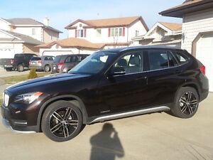 2015 BMW X1 SUV Crossover Plus 4 Winter Tires on Alloy Wheel