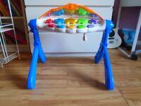 Table de jeux pour bébé