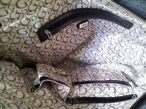 Authentic Guess Large Satchel / Bag London Ontario image 4