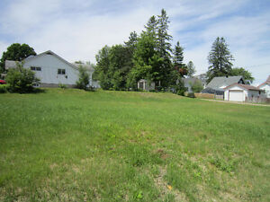 90' X 105' Land for Sale