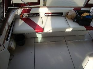 34'  Sea Ray Sundancer 1988 Windsor Region Ontario image 9
