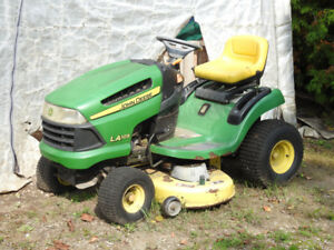 John Deere Riding Mower/Garden Tractor and 10P Trailer with dump