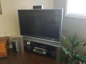 """60"""" Projection TV"""