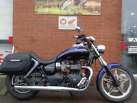 TRIUMPH SPEED MASTER 865 FITTED WITH CHROME RACK, PANNIERS, BLUE LEVERS