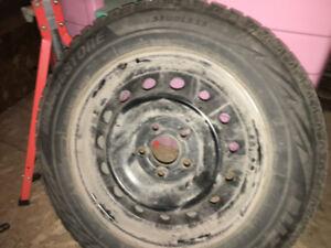 pneu d'hiver 215/60R16