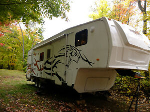 toy hauler cherokee wolf pack forest river 285WB