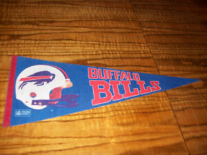 Sports Memorabilia Pennants Vintage Buffalo Bills NFL