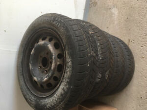 Cheap tires with free rims(195/65 R15)