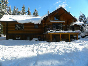 "Picturesque ""Timber Kings"" Log Home on 5 acres in 150 Mile!"