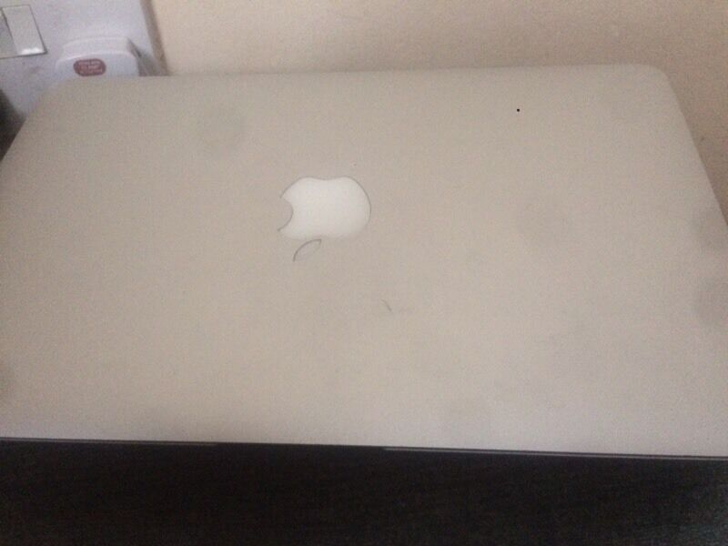 MacBook Air 2011 i5in Plaistow, LondonGumtree - MacBook Air 11 used in good condition 2011 Intel core i5 with charger