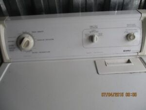 KENMORE ELECTRIC DRYER VERY CLEAN
