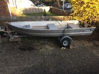 Lowe 12' alloy pike/fishing boat.