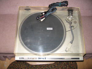 PIONEER TURNTABLE PL-200 DIRECT DRIVE