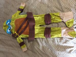 Ninja Turtle - Leonardo costume.  Approx size 3