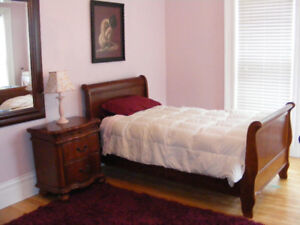 Room's for Rent $550.00 to $630.00 (female students only)