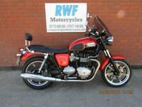 TRIUMPH BONNEVILLE 865 SE, MINT, 2011, ONLY 3,798 MILES WITH FSH, 12 MONTHS MOT
