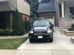 2002 Nissan Pathfinder SE Chilkoot 4WD Manual