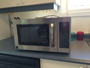 Kennore microwave - like new