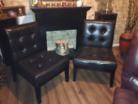 Set of 2 leather bonded chairs