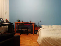 Mile End - 2 Large Rooms - $450 & $500/month (ALL included)- JAN