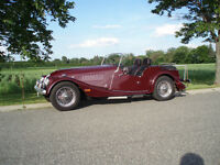 Morgan 4/4 Soft Top Roadster