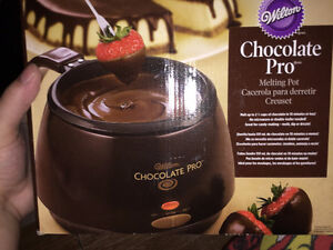 Chocolate Pro Melting Pot - Almost New