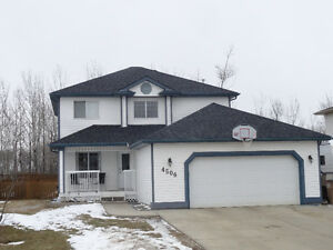 Cornwall - ATHABASCA, AB - 1840 Sq. Ft. home a rare find.