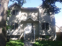 UNIVERSITY AREA ROOM FOR RENT!! $525/mo + Utils. Avail Dec 1st.
